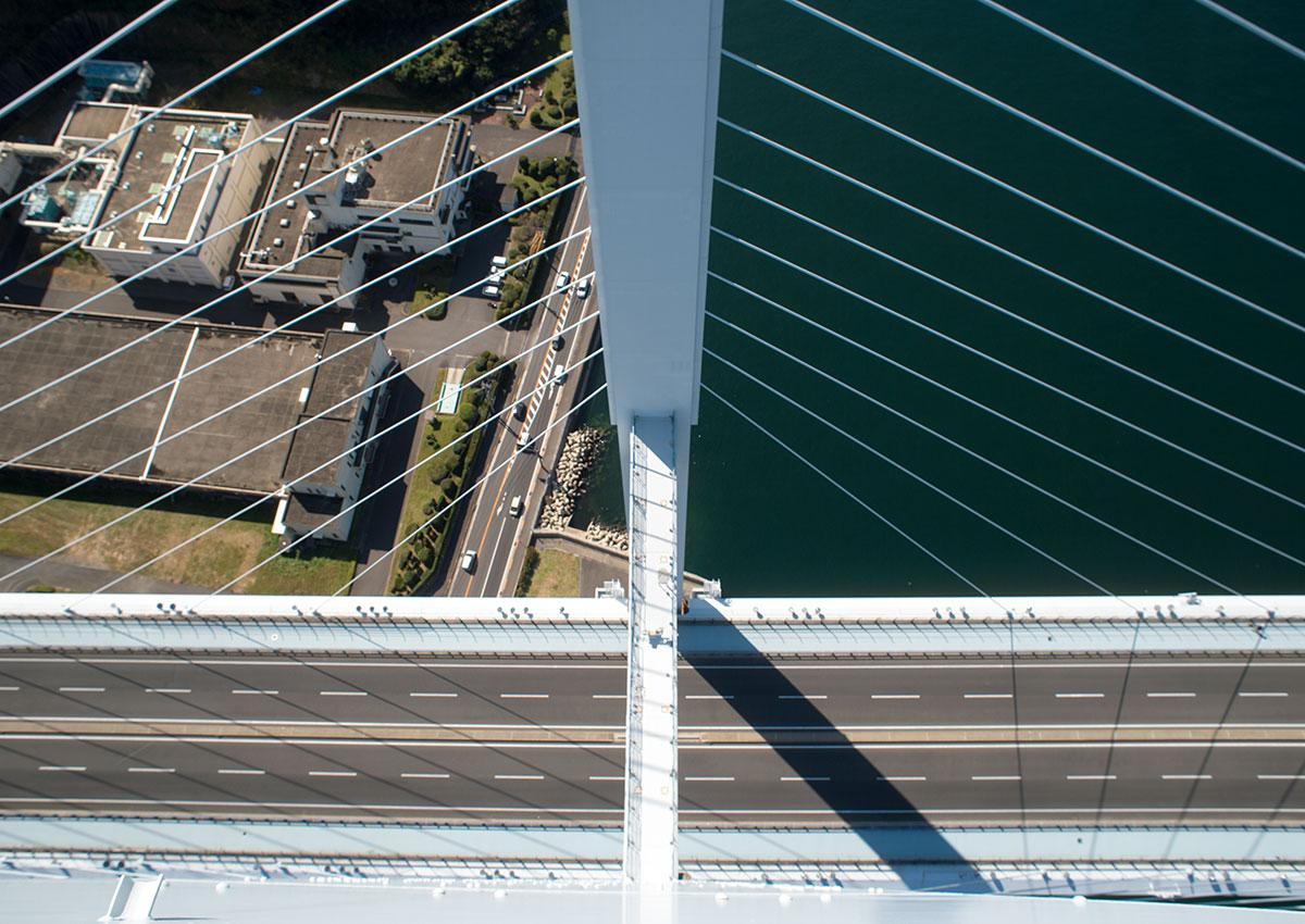 女神大橋の主塔から撮影